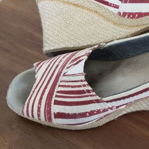 TOMS Red Painted Strope Wedge W9